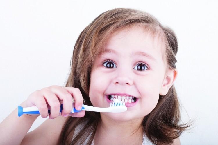 jak dbać o zęby naszych dzieci